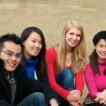 estudantes universitários no estrangeiro — Foto Stock