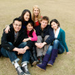 estudantes universitários em verde — Foto Stock
