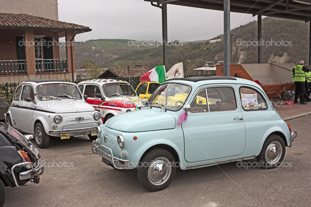 "Old italian cars at "" Fiat 500 day of Forlimpopoli"", rally of vintage small car Fiat 500, on April 1, 2012 in Mercato Saraceno (FC) Italy — Stock Photo #10516714"