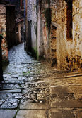 Tuscan alley at night — Stock Photo