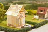 Euro huis landschap — Stockfoto