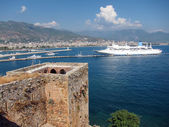 Cruise Ship and Red Tower, Alanya — Stock Photo