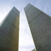 Looking Up at World Trade Center Towers from Ground — Stock Photo