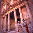 Military guards at the Treasury in Petra, Jordan. — Stock Photo