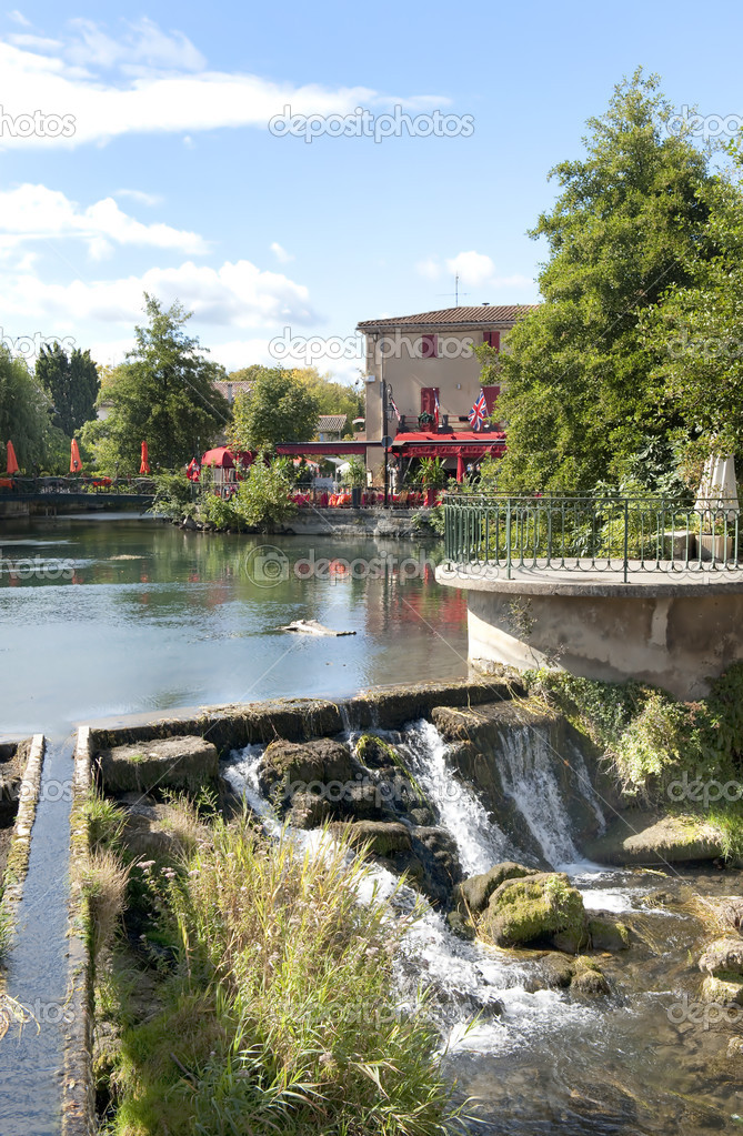 L'Isle sur La Sorgue, little town in the Vaucluse, South of France  Stock Photo #8371357