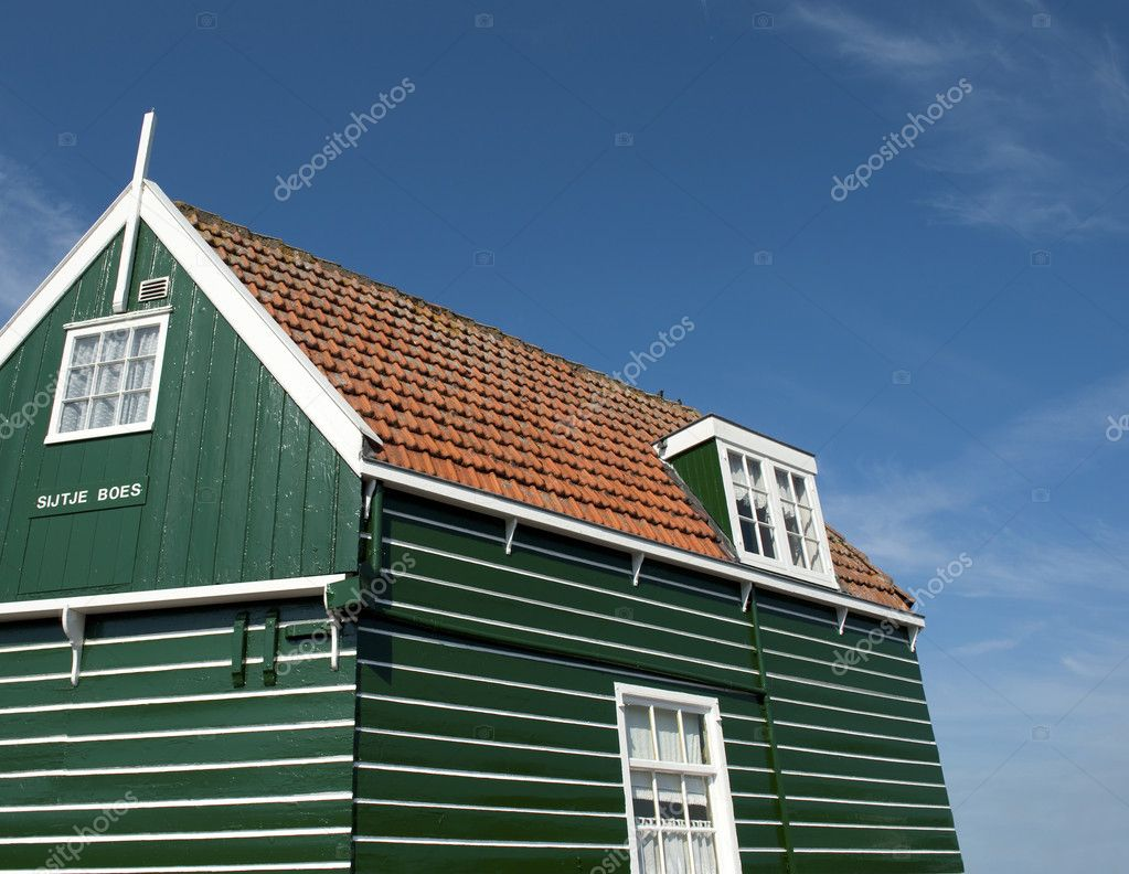 House of the well known Sijtje Boes at Marken, the Netherlands — Stock Photo #8377992