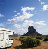 Camper in Monument Valley — Stok fotoğraf