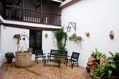 Typical patio from Castilla la Mancha house. Posada in Toledo, Spain — Stock Photo