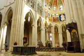 Cathedral of Almudena in Madrid, Spain. Altar — Stock Photo