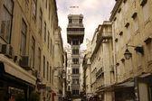 リスボンでのサンタ ジュスタのエレベーター。ポルトガル — ストック写真
