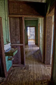 Old house in kolmanskop's ghost town in namibia africa — Stock Photo