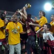 Soccer players celebrating the league title - Stockfoto