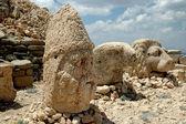Nemrut dağı, türkiye'nin anıtsal tanrı başları — Stok fotoğraf