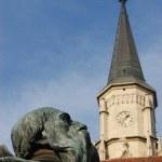 Sculpture detail of the King Mathias statue group. Cluj Napoca, Romania — Stock Photo #8344481