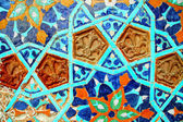Fragment of tiled wall with Arabic mosaic — Stock Photo