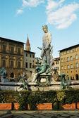 パラッツォ ヴェッキオ, フィレンツェ, イタリアの近くのフォンタナ ・ デル ・ ネットゥーノ — ストック写真