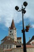Cisnadie opevněný kostel v rumunsku — Stock fotografie