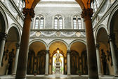 Inner courtyard of Medici Riccardi Palace. Florence, Italy — Stock Photo
