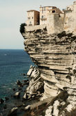 Cidade velha de bonifacio na falésia mar, córsega, frança — Foto Stock