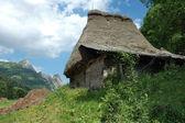 Rustic wooden house in Transylvania, Romania — Stock Photo