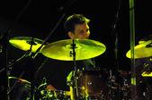 Drummer performs live — Fotografia Stock