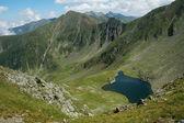 Lago di Avrig, montagne di fagaras, romania — Foto Stock