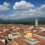 Lucca cityscape — Stock Photo #9491191