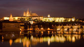 Prague castle at night — Stock Photo