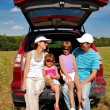 Family car trip on summer vacation — Stock Photo