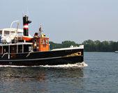 Vecchia barca bellissima vapore — Foto Stock
