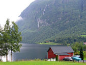 House by a fjord in Norway — Stock Photo