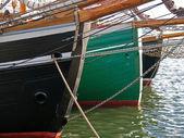 Barevné praw tradičních dřevěných plachetnic — Stock fotografie
