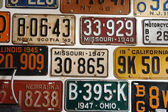 Vintage American cars number plates — 图库照片