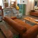 Elegant country style living room — Stock Photo