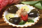 Delicious fruit desserts caramel figs, fresh — Stock Photo
