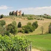 Castle in tuscan countryside — Stock Photo