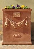Elegant terracotta flowerpot — Stock Photo
