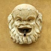 Античный источник воды напиток, Флоренция, Италия, Европа — Стоковое фото