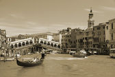VENICE - MAY 17: Gondola on Grand Canal on May 17, 2010 in Venice, Italy. — Foto Stock
