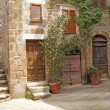 Italian yard in tuscan village - Photo