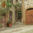 Yard in borgo Pitigliano — Stock Photo