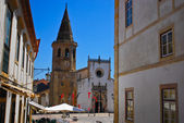 Saint John the Baptist church, market square in Tomar, Portugal — Stock Photo