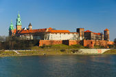 Magnificent royal Wawel castle on the Vistula river, Cracow, Poland — Stock Photo