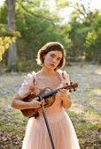 Violin Girl Portrait in Nature — Stock Photo