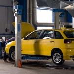 Auto garage — Stock Photo