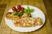 Baguette pizza — Stockfoto