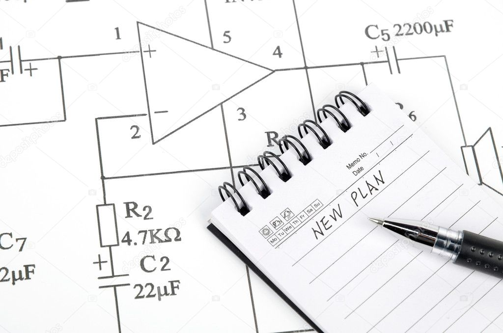 Circuit diagram and pen with notepad — Stock Photo #10028296