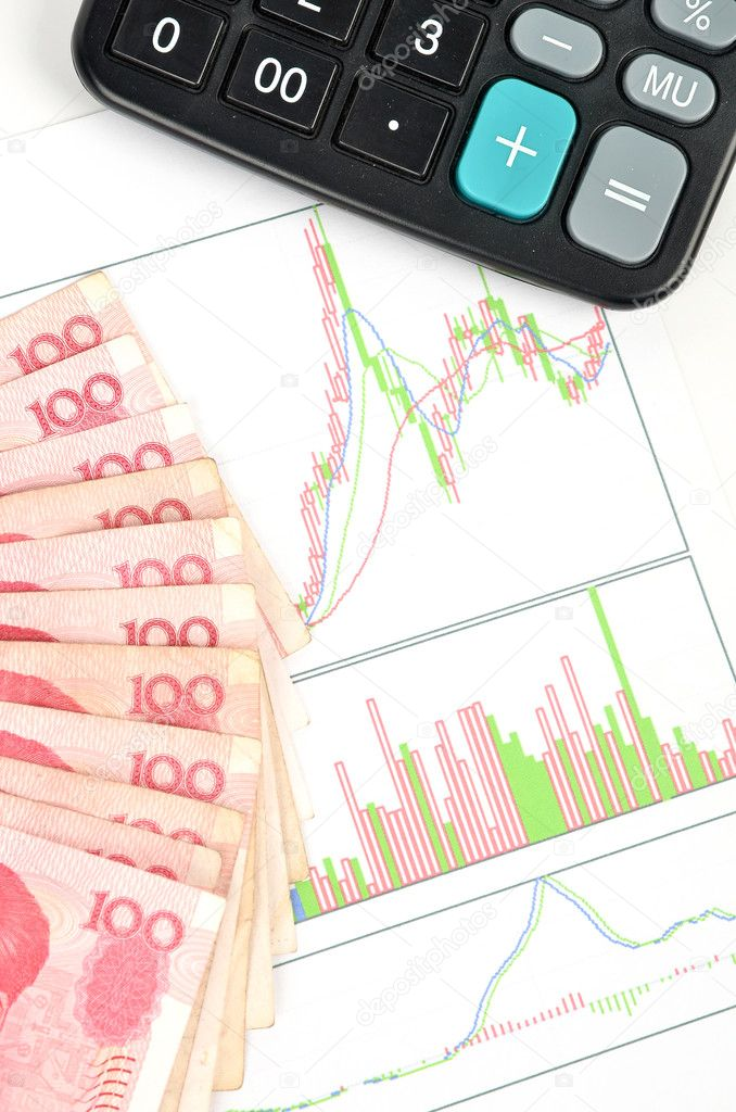 Chinese currency and calculator with stock — Stock Photo #10132450