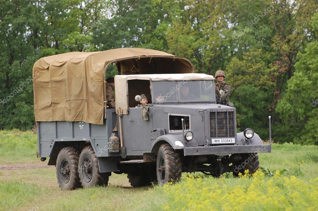 camion allemand de la seconde guerre mondiale photo ditoriale sergeyussr 10570381. Black Bedroom Furniture Sets. Home Design Ideas