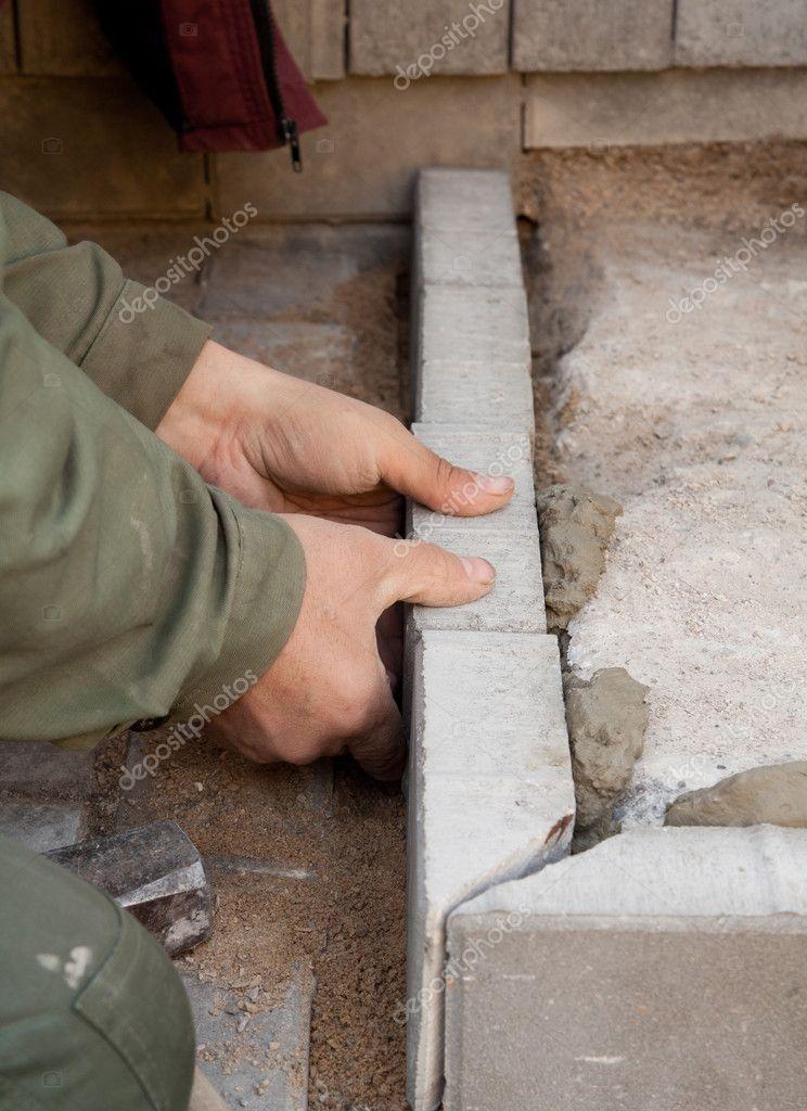 Как из плитки сделать бордюр